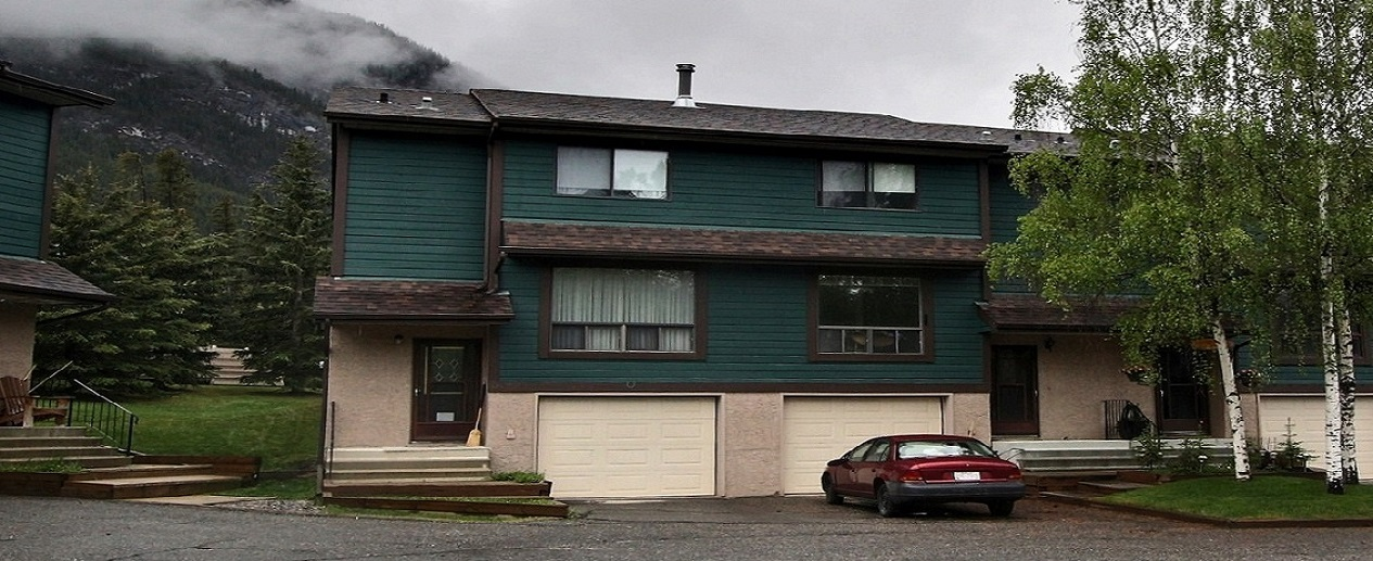 Banff Real Estate News:  Fantastic new townhouse listing in Valleyview!